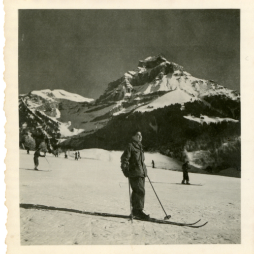 Paul William Nishimuta skiing