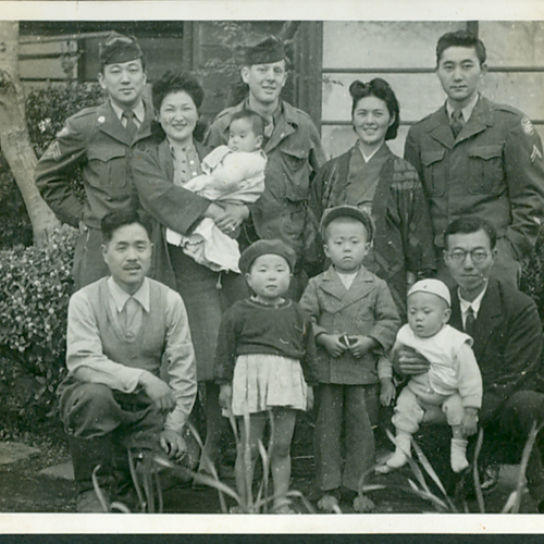 MIS Soldiers and a Japanese family
